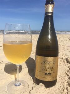 Cuvée Colette sur une plage du Brésil